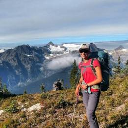 Hiking in the North Cascades